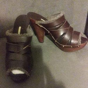 NIB Max Studio Fur Lined Leather Sandal